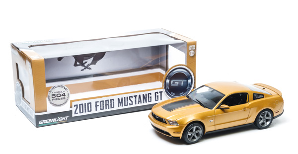 1:18 2010 Ford Mustang GT