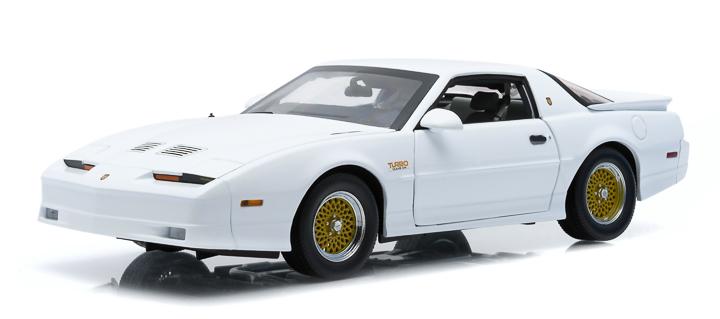 1:18 1989 Pontiac Trans Am TTA Hardtop - White