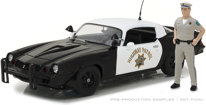 13506 - 1:18 1979 Chevy Camaro Z/28 - California Highway Patrol (Hardtop) with California Highway Patrol Officer Figure