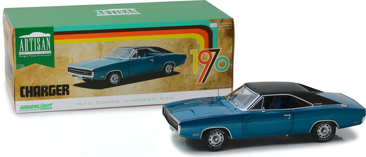 13530 - 1:18 Artisan Collection - 1970 Dodge Charger 500 SE - B5 Blue