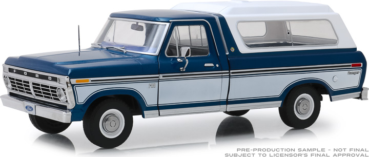 13544 - 1:18 1975 Ford F-100 - Midnight Blue Poly with Wimbledon White Bodyside Accent Panel and Deluxe Box Cover