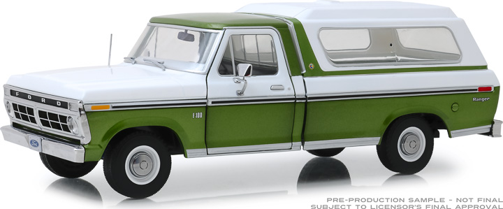 13545 - 1:18 1976 Ford F-100 - Medium Green Glow Poly with Wimbledon White Combination Tu-Tone and Deluxe Box Cover