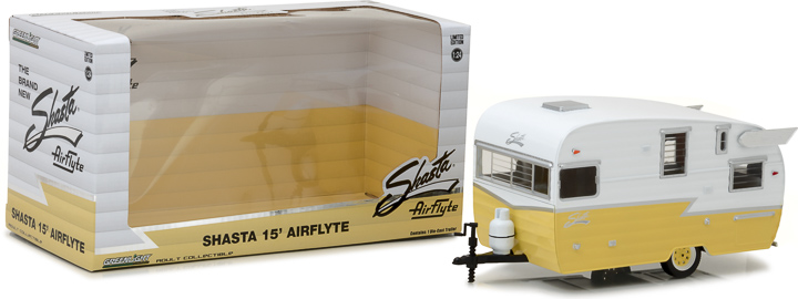 18235 - 1:24 Shasta 15' Airflyte - White and Yellow