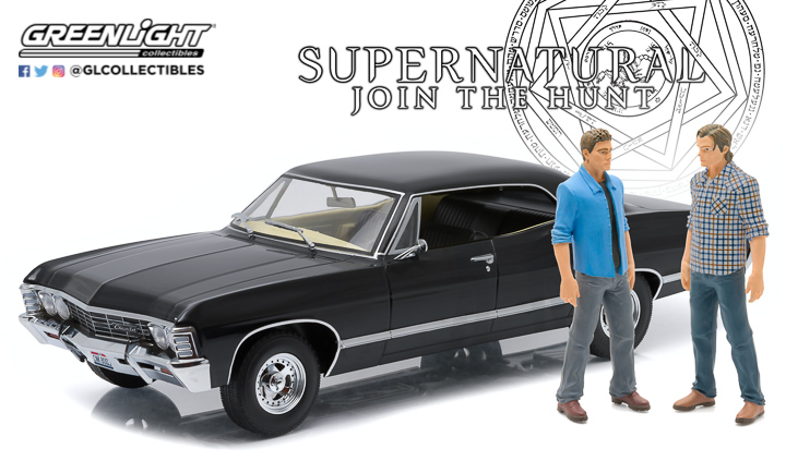 1:18 Artisan Collection - Supernatural (TV Series 2005-) 1967 Chevrolet Impala Sport Sedan with Sam and Dean Figures