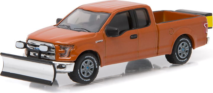 1:64 2015 Ford F-150 with Snow Plow and Salt Spreader (Hobby Exclusive)