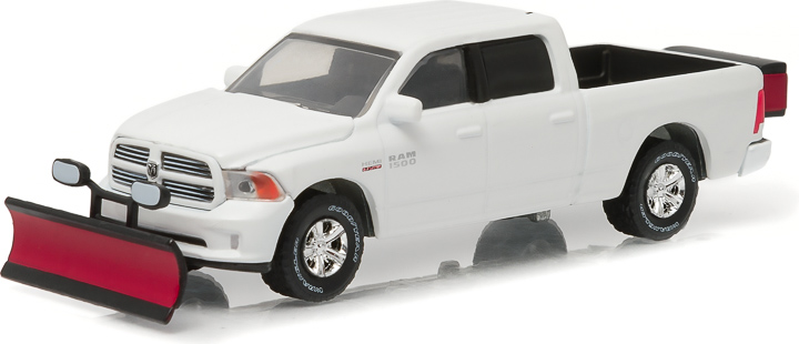 1:64 2015 Ram 1500 with Snow Plow and Salt Spreader (Hobby Exclusive)