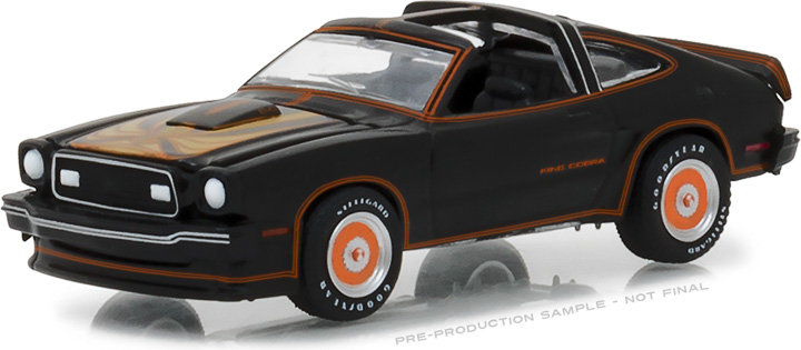 29937 - 1:64 1978 Ford Mustang II King Cobra - Black & Gold