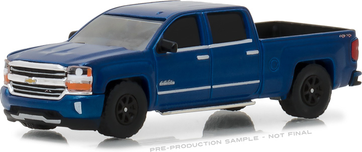 29938 - 1:64 2018 Chevrolet Silverado 1500 Crew Cab High Country Special Edition - Deep Ocean Blue
