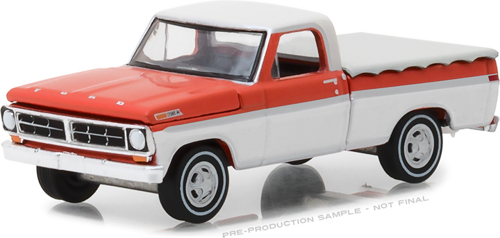 29957 - 1:64 1971 Ford F-100 with Bed Cover