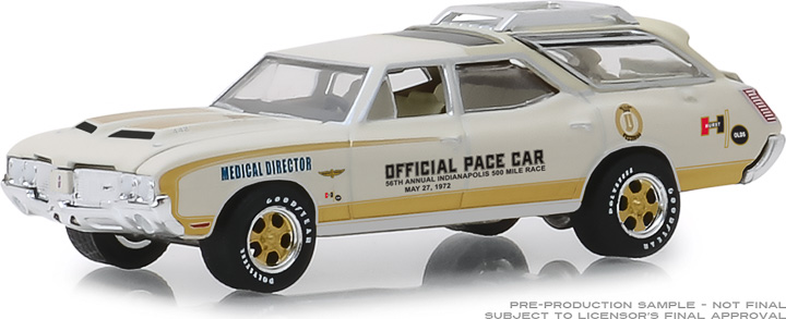 30050 - 1:64 1972 Oldsmobile Vista Cruiser 56th Annual Indianapolis 500 Mile Race Official Pace Car Medical Director