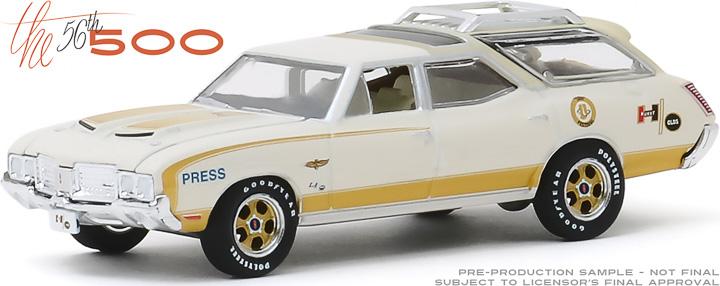 30114 - 1:64 1972 Oldsmobile Vista Cruiser 56th Annual Indianapolis 500 Mile Race Official Press Car