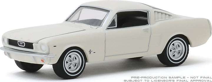 30120 - 1:64 1965 Ford T5 - White