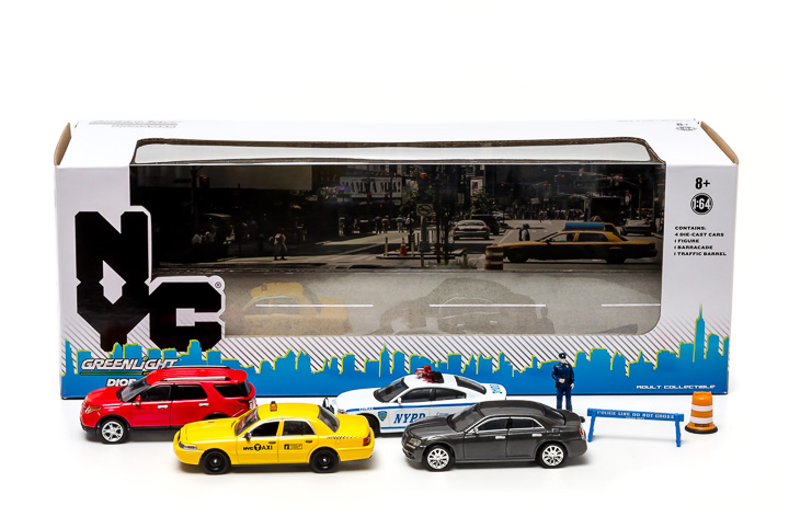 56090 1:64 New York City Traffic Scene Diorama