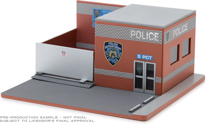 57042 - 1:64 Mechanic's Corner Series 4 - Hot Pursuit Central Command - NYPD