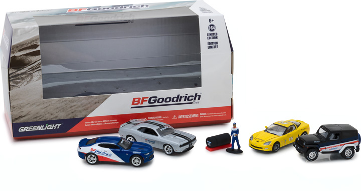 58046 - 1:64 Multi-Car Dioramas - BFGoodrich Performance Tire Shop