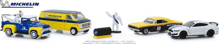 58049 - 1:64 Multi-Car Dioramas - Michelin Service Center