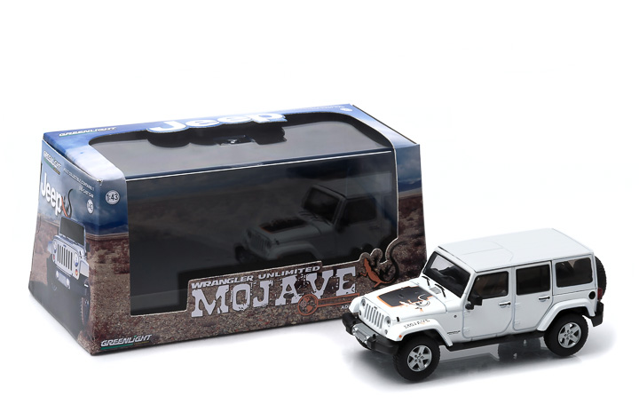 1:43 2011 Jeep Wrangler Unlimited - Mojave Edition - Bright White