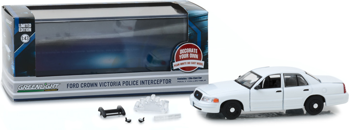 86095 - 1:43 1998-2012 Ford Crown Victoria Police Interceptor - Plain White