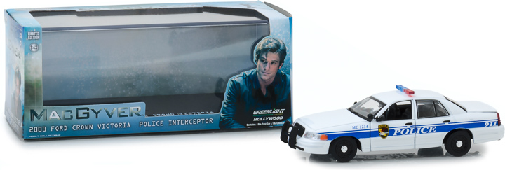 86520 - 1:43 MacGyver (2016-Current TV Series) - 2003 Ford Crown Victoria Police Interceptor California Police