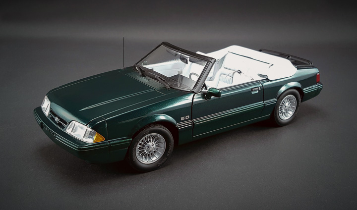 GMP-18815 - 1:18 GMP - 1990 Ford Mustang LX Convertible